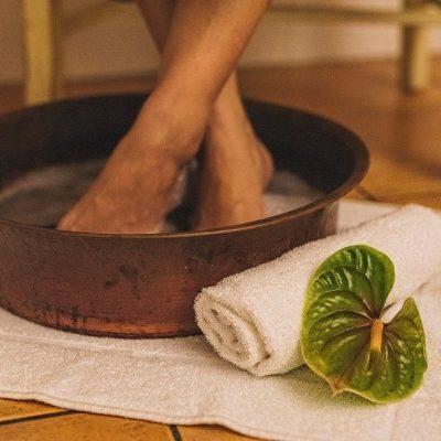 Pineapple Mint Pedicure 60 min